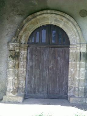 Gissac porche église